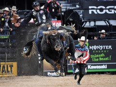 Las Vegas Welcomes the Professional Bull Riders Championship