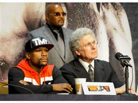 Floyd Mayweather and Richard Sturm 11