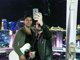 Dan + Shay Selfie
