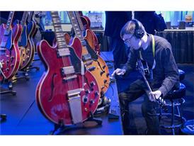 GibsonMusicalInstrumentstent