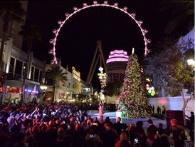 Donny and Marie Osmond at Christmas tree lighting ceremony at the LINQ Promenade