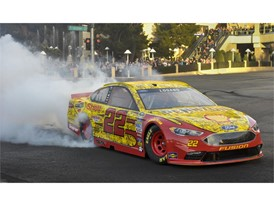 Joey Logano burns down the Strip