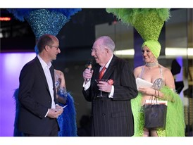 Las Vegas Host Committee Chairman Oscar B. Goodman talks with a tourist from Brazil