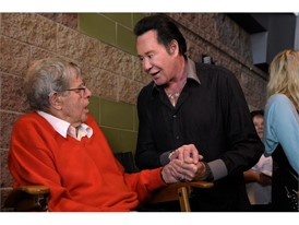 Jerry Lewis talks with Wayne Newton