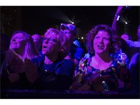 Fans sing along as the Goo Goo Dolls perform