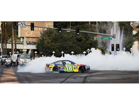 Las Vegan Kyle Busch spins out in his #18 M&M's Caramel Toyota Camry