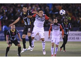 Las Vegas Lights Carlos Alvarez collides with D.C. United's Junior Moreno
