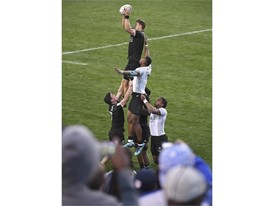 New Zealand and Fiji compete for a line out during their match at the USA Sevens Rugby tournament