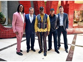 Earth, Wind & Fire with Venetian and Live Nation executives