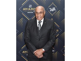 NHL legend and first black player Willie O'Ree