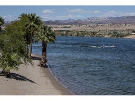 The beach on the Colorado River at Laughlin River Lodge