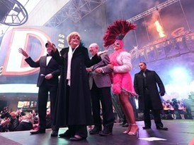 Las Vegas Mayor Carolyn G. Goodman rings in 2020 at the Fremont Street Experience
