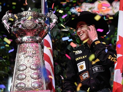 Rookie Lockwood Clinches PBR Championship in Las Vegas