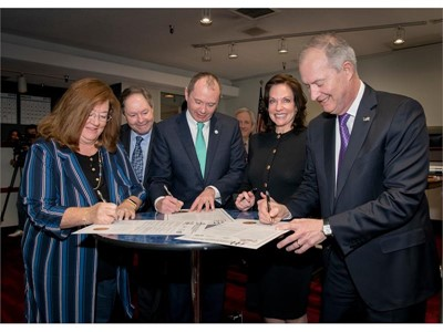 World Trade Center Las Vegas and Las Vegas Metro Chamber of Commerce Sign MOU agreement