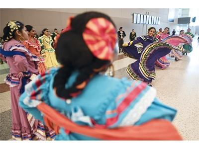 Rancho High School Mariachi Oro de Rancho and Ballet Folklorico Sol de Rancho