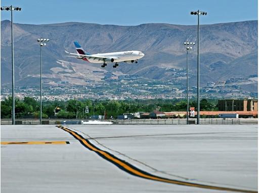 Eurowings Landing