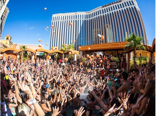 Thenewsmarket Com Las Vegas Turns Up The Fun For Memorial Day Weekend