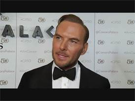 Matt Goss Celebrates the 50th Anniversary of his Las Vegas Home: Caesars Palace