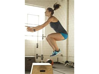 NEW BALANCE INTRODUCES NB WOMEN, A HEAD-TO-TOE PERFORMANCE AND LIFESTYLE COLLECTION INSPIRED BY THE ATHLETIC FEMALE