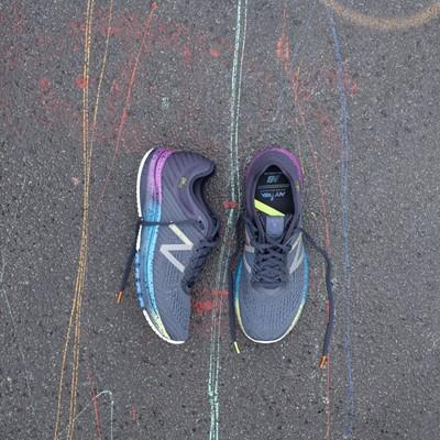 2019 New Balance TCS New York City Marathon Footwear Collection - 860v10