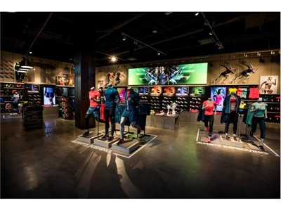 NEW BALANCE OPENS FIRST U.S. GLOBAL FLAGSHIP STORE IN BOSTON LANDING