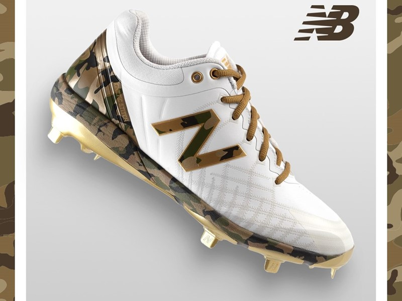 New Balance Armed Forces Day 4040v5 Cleat