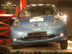 Nissan Leaf - Crash Test 2011
