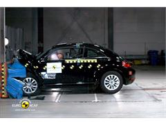 VW Beetle - Crash Test 2011