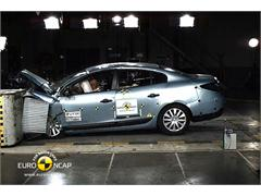 Renault Fluence ZE - Crash Test 2011