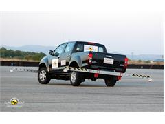 Isuzu D-MAX - Crash Test 2012