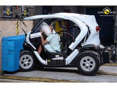 Renault Twizy 80  - Euro NCAP Results 2014