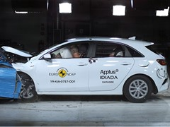 Kia Ceed - Euro NCAP 2019 Results - standard equipment 4 stars and with safety pack 5 stars