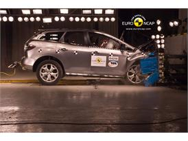 Mazda CX-7 - Frontal crash test