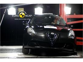 Alfa Romeo Giulietta - Pole crash test
