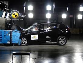 Alfa Romeo Giulietta - Frontal crash test