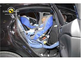 Alfa Romeo Giulietta - Child Rear Seat crash test