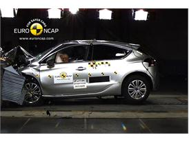 Citroen DS4 – Front crash test