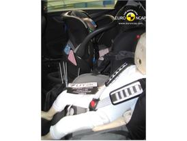 Peugeot 508– Child Rear Seat crash test