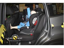 CHEVROLET Orlando – Child Rear Seat crash test