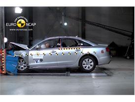 AUDI A6 – Front crash test