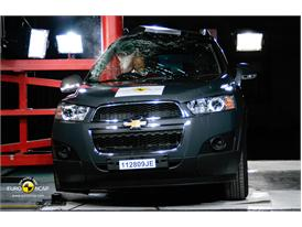 Chevrolet Captiva – Pole crash test