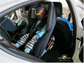 BMW 1 Series – Child Rear Seat crash test