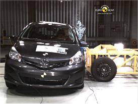 Toyota Yaris – Side Crash Test