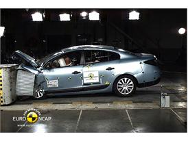 Renault Fluence ZE – Front crash test