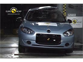 Renault Fluence ZE – Pole crash test