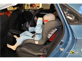 Hyundai i30 – Child Rear Seat crash test