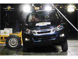 Isuzu D-MAX – Side crash test