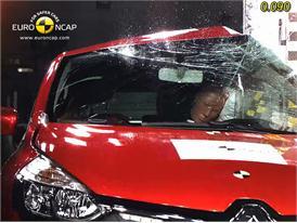 Renault Clio IV – Pole crash test