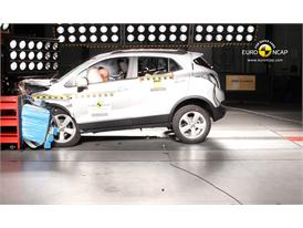 Opel Mokka Frontal crash test 2012