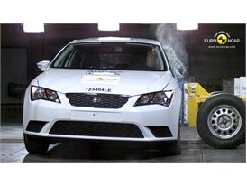Seat Leon Side crash test 2012